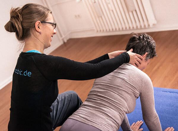 Ein Pilates-Einzeltraining bei der Berliner Heilpraktikerin Anna F. Rohrbeck